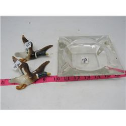 LOT OF 3 - 2 WALL HANGINGS (PORCELAIN DUCKS) *STAMPED JAPAN ZN7739* & GLASS ASHTRAY (LARGE)