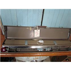 KNITTING MACHINE (W/INSTRUCTIONS & CASE)