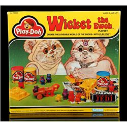 Lot # 24: Wicket The Ewok Play Doh Playset - Unused [Kaza