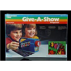 Lot # 25: Ewoks Preschool Give-A-Show Projector Toy [Kaza