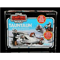 Lot # 43: Tauntaun With Open Belly Rescue Feature - Seale