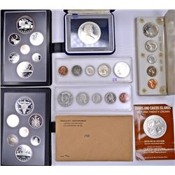 US & FOREIGN PROOF SETS & COMMEM COINS