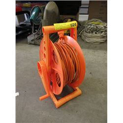 100 Foot Extension Cord With Winder