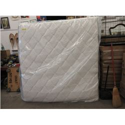 New King Size Gel Memory Foam Spring Mattress