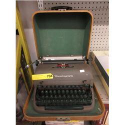 Vintage Remington Manual Typewriter with Case