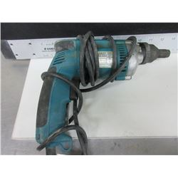 Makita Screw Gun model # 6827 / tested working