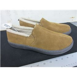 New Mossimo Genuine Suede Slippers non marking sole size 13