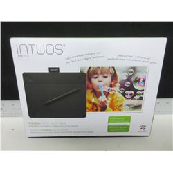 New Intuos Photo Creative Pen & Touch Tablet / everything you need to make