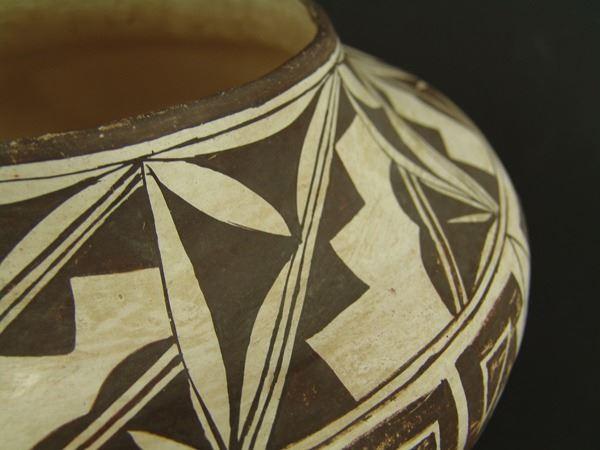 Acoma Pottery Jar