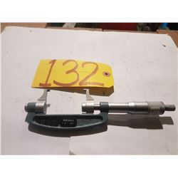 """Mitutoyo 143-122 Outside Micrometer 1-2""""  .001"""