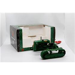 Oliver OC-3 crawler Ertl 1:16 Has Box