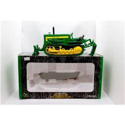 John Deere 420 crawler w/ blade Ertl 1:16 Has Box