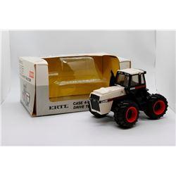 Case 4WD tractor Ertl 1:32 Has Box