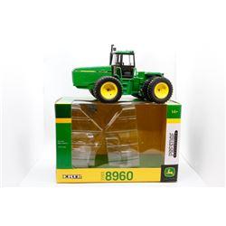 1989 John Deere 8960 Prestige Collecton Ertl 1:32 Has Box