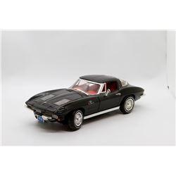 1963 Chevrolet Corvette 1:18 No Box