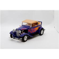 1932 Ford Roadster Convertible 1:18 No Box