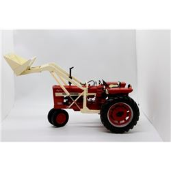 IH Farmall 544 Gas NF w/ loader Highly Detailed 1:16 Has Box