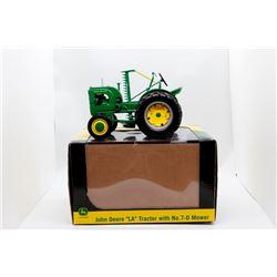 John Deere LA w/ #7-D mower 1:16 Has Box