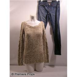 The Possession Stephanie (Kyra Sedgwick) Movie Costumes