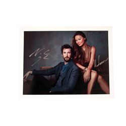 Falling Skies Noah Wyle & Anne Glass Signed Photo