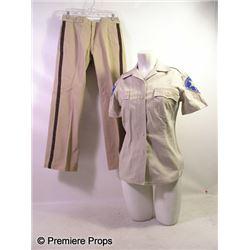 Piranha 3-D Sheriff Julie Forester (Elisabeth Shue) Movie Costumes