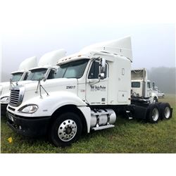 2004 FREIGHTLINER COLUMBIA TRUCK TRACTOR; VIN/SN:1FUJA6CVX4LM29817 T/A , SLEEPER, MERCEDES 460 ENGIN