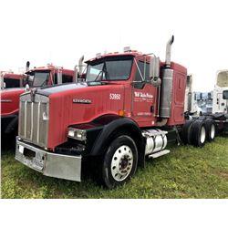 2004 KENWORTH T800 TRUCK TRACTOR; VIN/SN:1XKDDU9X44J053950 T/A, SLEEPER, CAT C12 ENGINE, 10 SPD TRAN