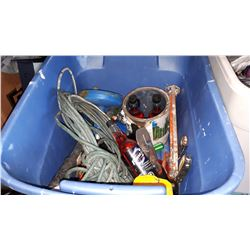 TOTE OF TOOLS AND FUEL INJECTOR CLEANER