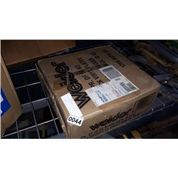 NEW IN BOX 20KG VINYL WEIGHTS
