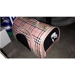 PINK PORTABLE DOG/CAT CARRYING CASE