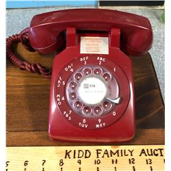 RED VINTAGE ROTARY DIAL PHONE
