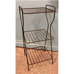 VINTAGE WIRE MAGAZINE RACK