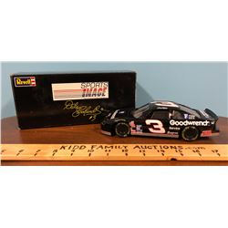 REVELL DALE EARNHARDT RACE CAR WITH ORIGINAL BOX