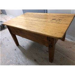 "ANTIQUE QUEBEC PINE COFFEE TABLE - 23"" x 38"""