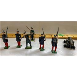 GR OF 7, LEAD TOY ARMY MEN WITH CAST CANNON