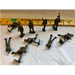 GR OF 10 TOY LEAD ARMY MEN