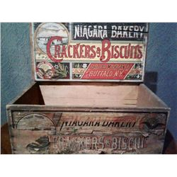 NIAGARA BAKERY CRATE WITH ORIGINAL CRACKERS & BISCUITS DECAL