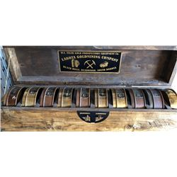 SET OF 10 GOLD PANNING TINS, VARIOUS SCREEN SIZES, WOOD PRESENTATION CRATE - DEADWOOD, SD