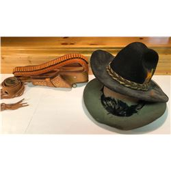 GR OF 4, MEXICAN LEATHER HOLSTER, BELT, 2 X FELT COWBOY HATS