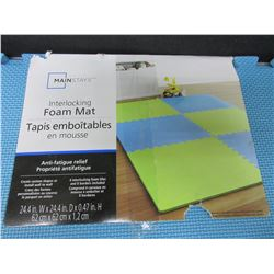 New 4 piece Foam Mat's / Interlocking 24 x 24 inch x 1/2 inch thick