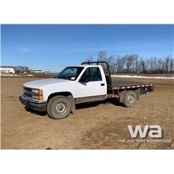 1998 CHEVROLET 1500 FLATBED TRUCK