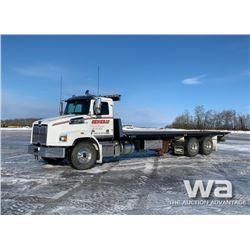 2015 WESTERN STAR 4700 T/A ROLL BACK DECK TRUCK