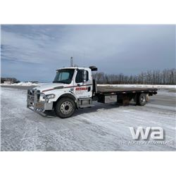 2005 FREIGHTLINER M2-106 S/A ROLL BACK DECK TRUCK