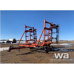 WHITE 400 34 FT. D/T CULTIVATOR