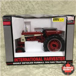 IH Highly Detailed Farmall 504 Gas Tractor (Scale 1/16)