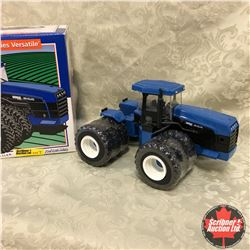 "New Holland 9882 4WD 82 Series Versatile ""Collectors Edition"" (Scale: 1/32)"