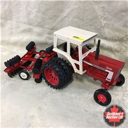 """Tractor Disc Combo IH 1466 w/Tandem Disc """"Both Refurbished"""" (Scale: 1/16)"""