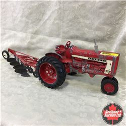 Tractor Plow Combo Farmall 806 w/McCormick four bottom plow (Scale: 1/16)