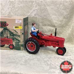Farmall H w/Farmer Special Anniversary Edition (Scale 1/16)