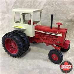 """IH 1256 """"Original Small Front Spindles"""" (Scale: 1/16)"""